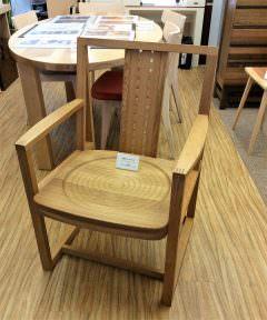 家具の本場 北海道・旭川の職人手づくりチェア