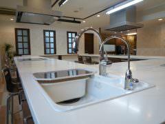 オフィスビルのリノベーション。オリジナルキッチンを製作しました。