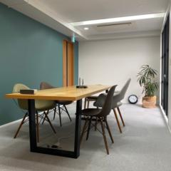 オフィス移転に伴う内装工事と家具の製作施工